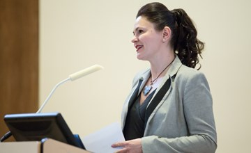 Associate Professor Oana Branzei wins international case writing competition