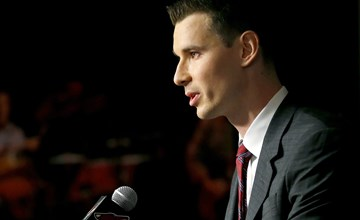 Ivey grad John Chayka brings business to the blueline