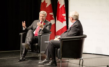 Ivey hosts Prime Minister Harper for a discussion on the Canadian economy