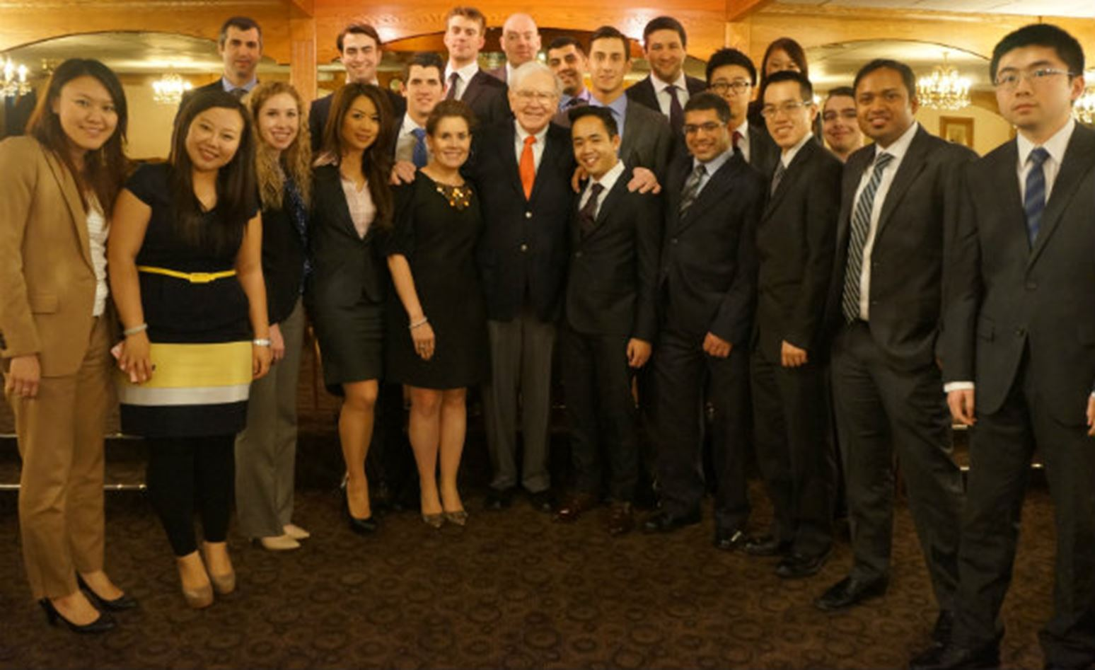 Meeting famed investor Warren Buffett a dream come true for Ivey students