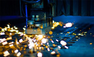 Leading firms point the way to revitalizing Canadian manufacturing