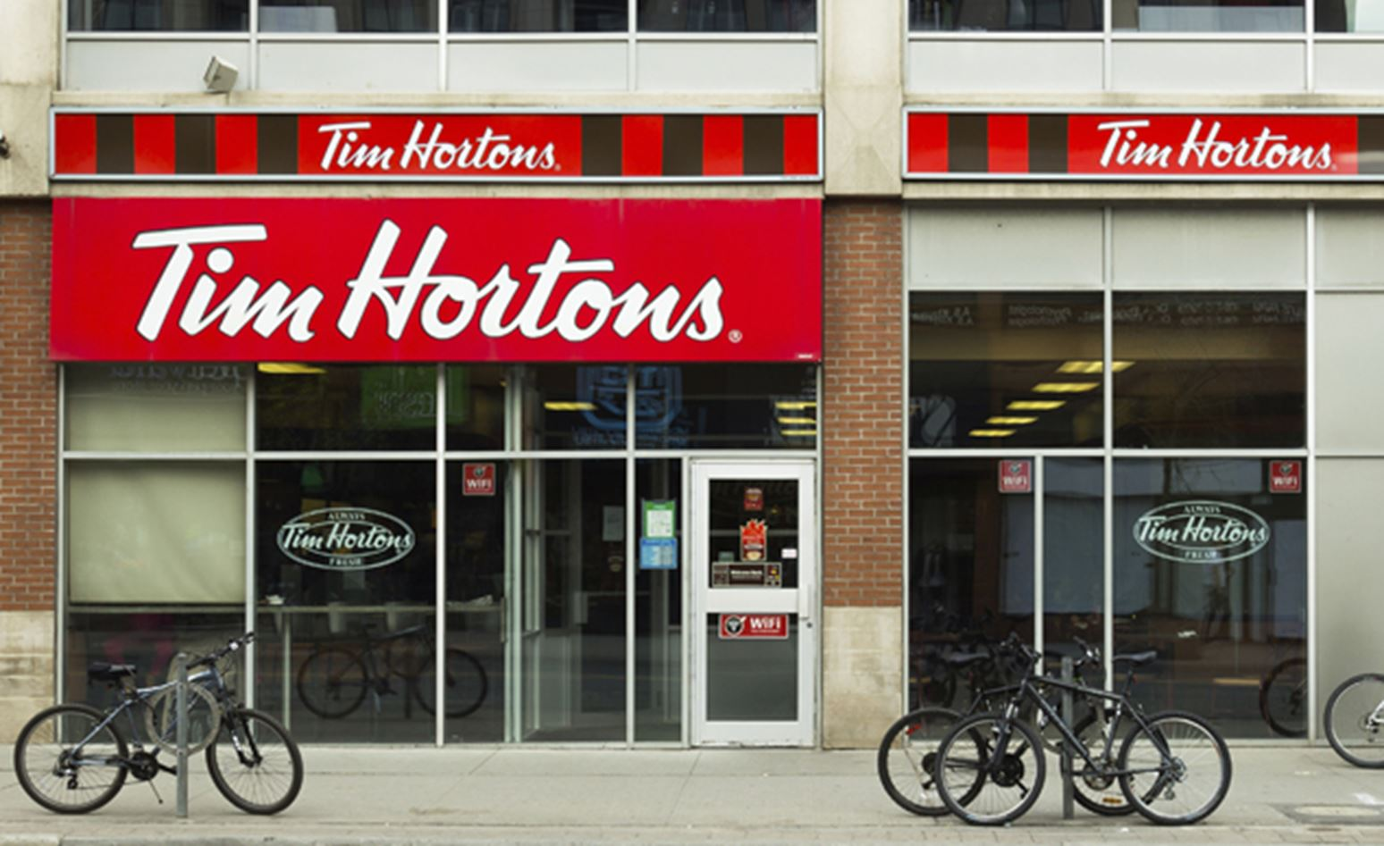 tim hortons corporate finance Shares of tim hortons jumped 189 percent to close at $7472 on the new york stock exchange on monday, while shares of burger king, which is this element of the canadian tax regime is seen as a bigger draw than its federal corporate tax rate of 15 percent, though that is nominally lower than the.